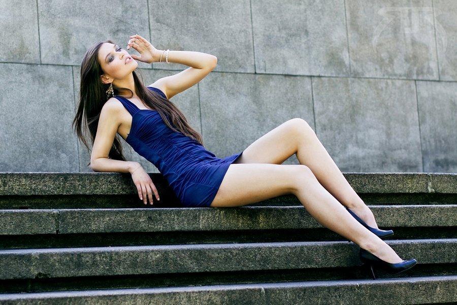 Trucuri vestimentare ca sa ai picioare lungi